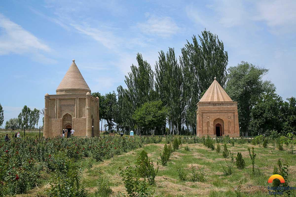 Aisha Bibi and Babaji Khatun Mausoleums